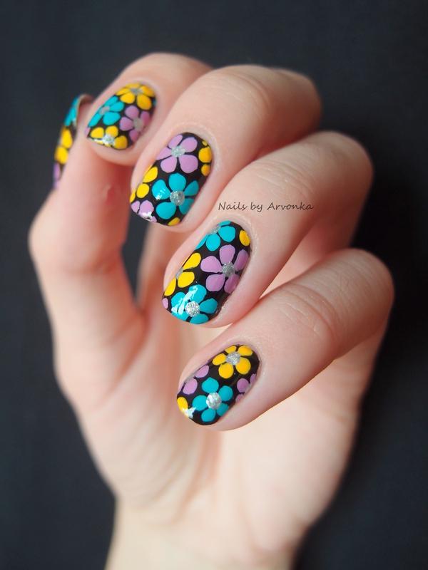 Summer Flowers nail art by Veronika Sovcikova