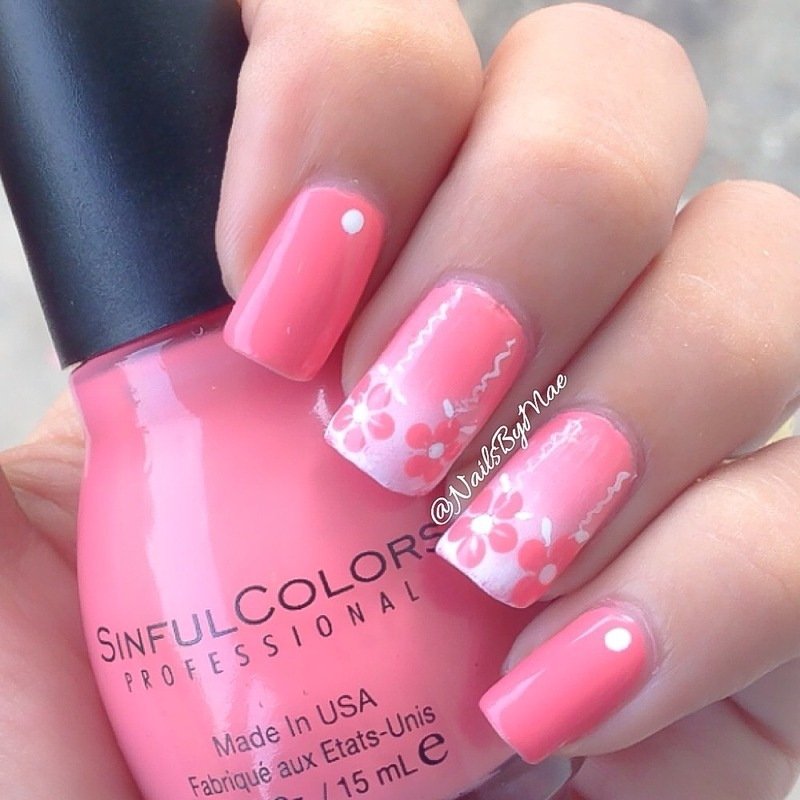 Coral Flowers nail art by Sheily (NailsByMae)