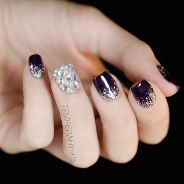 Bling nail art by Temperani Nails