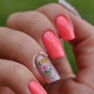 Flowers. nail art by Paula215. NAILS