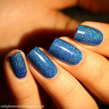 Freckles Polish blue lagoon Swatch by Vicky Standage