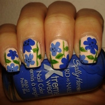 Blue Flowers nail art by Emilia