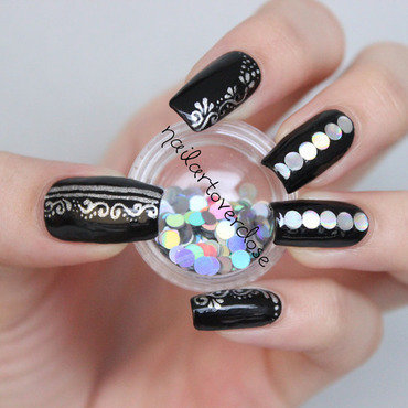 Black Beauty nail art by nailartoverdose
