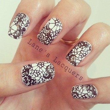 Black & White Lace Pattern nail art by Rebecca