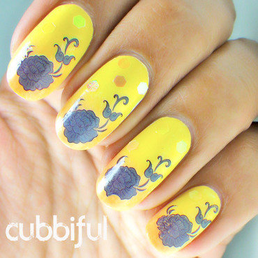 Speedy Roses nail art by Cubbiful