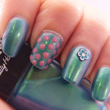 Fimo Flower and Dots nail art by Denise