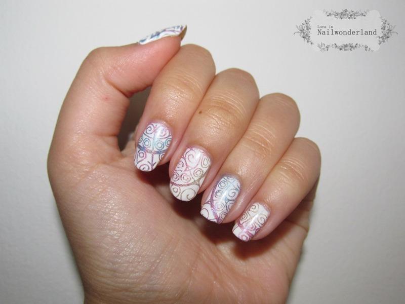 Holo ombre dream catcher nail art by Lora