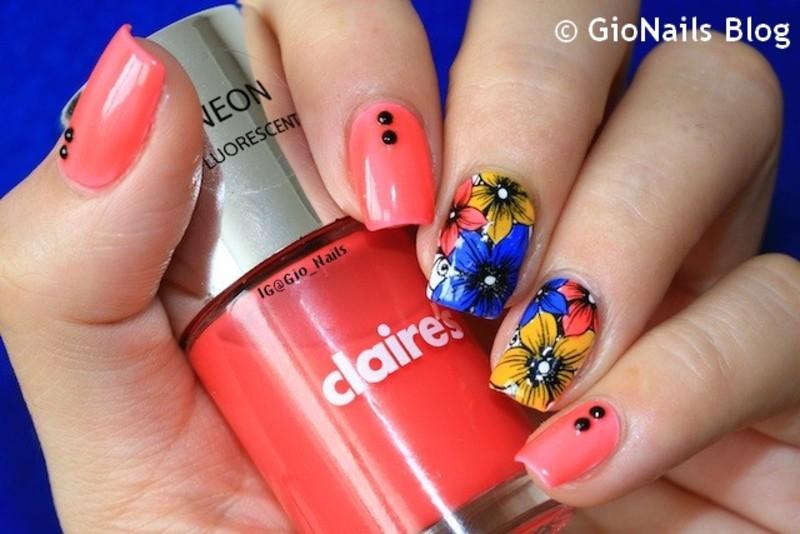 Pukkelpop Mani nail art by Giovanna - GioNails