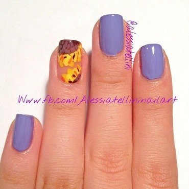 Purple sunflower nail art by Alessia