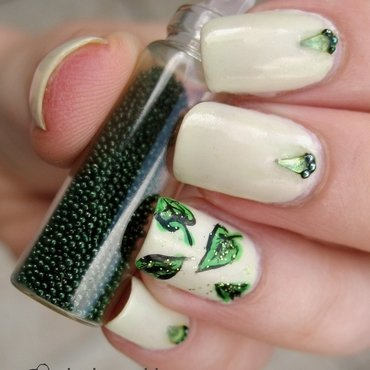 Leafs nail art by theCieniu