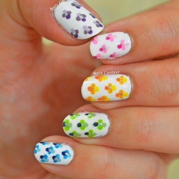 Ombre Floral Nails nail art by NailsContext