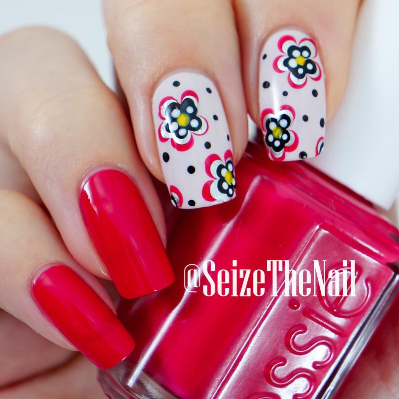 Dotted flowers nail art by Bella Seizethenail
