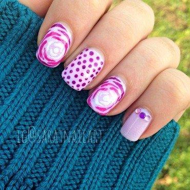 Dots,glitter&roses nail art by Sara T