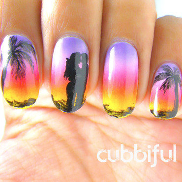 Romantic Sunset nail art by Cubbiful