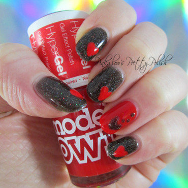 Black and Red Hearts nail art by Pinkglow