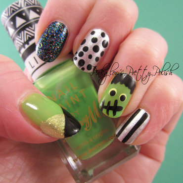 Frankenstein Halloween Nail Art nail art by Pinkglow