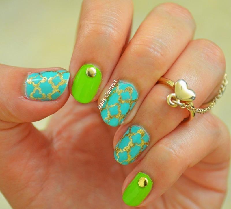 Quatrefoil Nails nail art by NailsContext