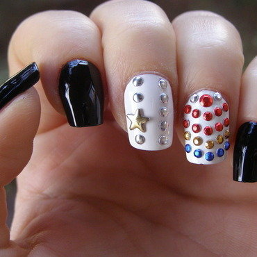 Elvis nail art by Szilvia