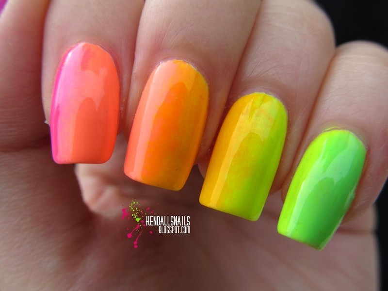 Neon Rainbow Gradient nail art by Julia Friedel
