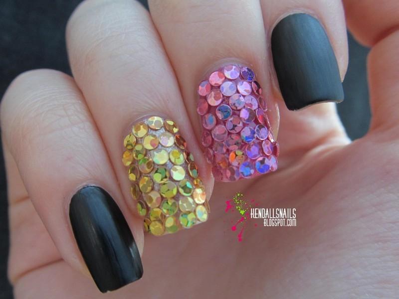 Matte Black & Glitter nail art by Julia Friedel