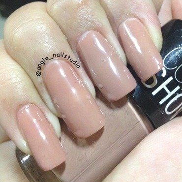 Maybelline Colorshow Nude shade Swatch by Angelnailstudio