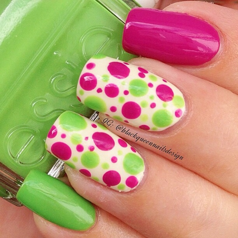 Summer dots nail art by Blackqueennailsdesign