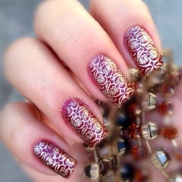 Red Shimmer and Gold  nail art by Debbie