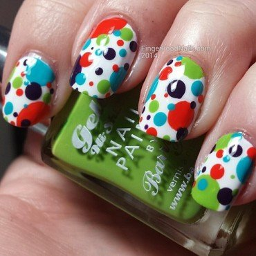 Gelly Dots nail art by Sam
