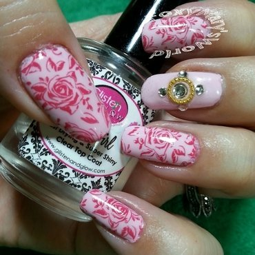 Delicate Roses nail art by Silje  Bannister