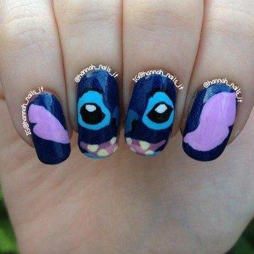 Experiment 626 nail art by Hannah