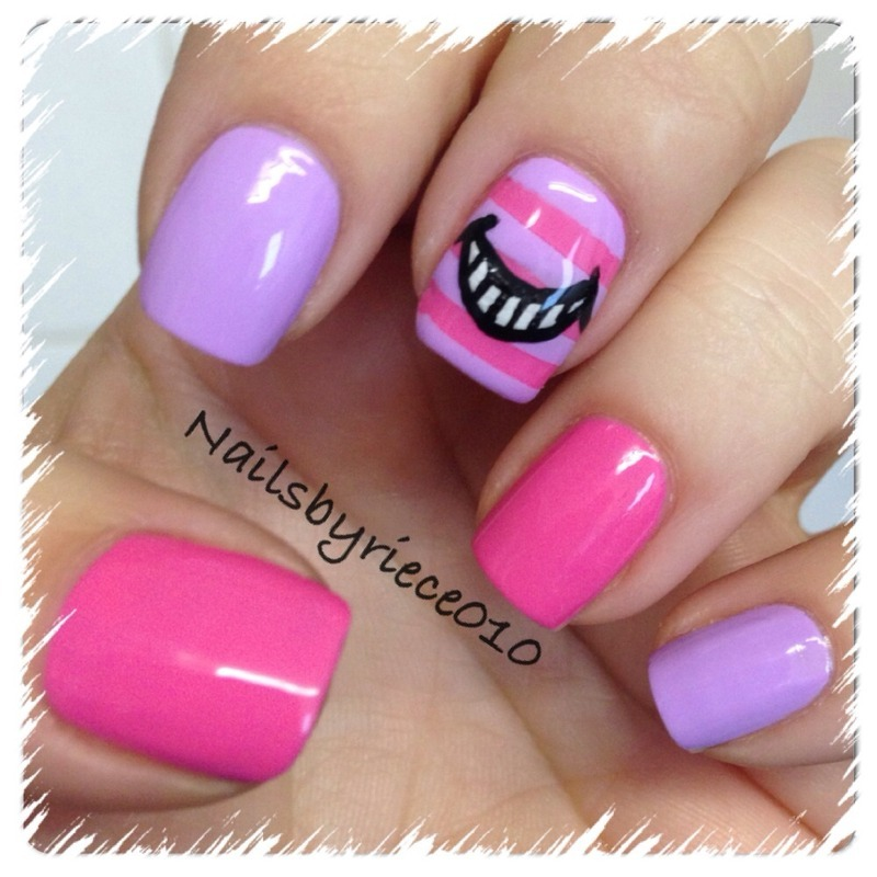 Cheshire Cat (Alice in Wonderland) nail art by Riece