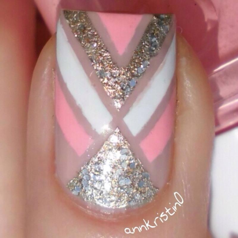 Accent Nail Close Up nail art by Ann-Kristin