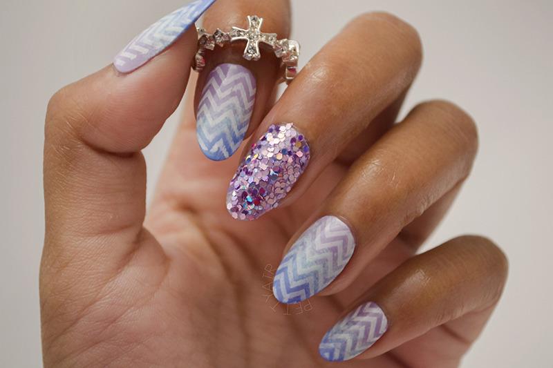 Gradient Chevron nail art by Ayaka Shiroyama