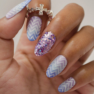 Chevron 20with 20gradient 20 2304 thumb370f