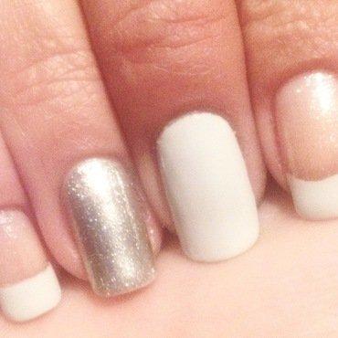 Simply white nail art by Valeska Escobar