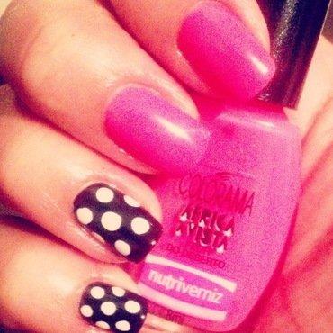 60's nail art by Valeska Escobar