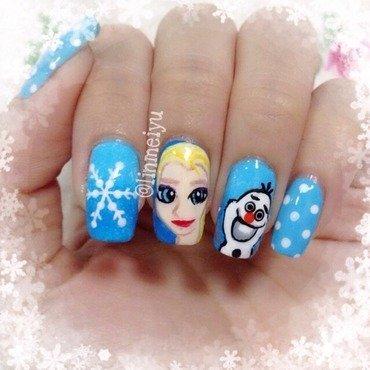 Princess Elsa & Olaf nail art by Meiyu