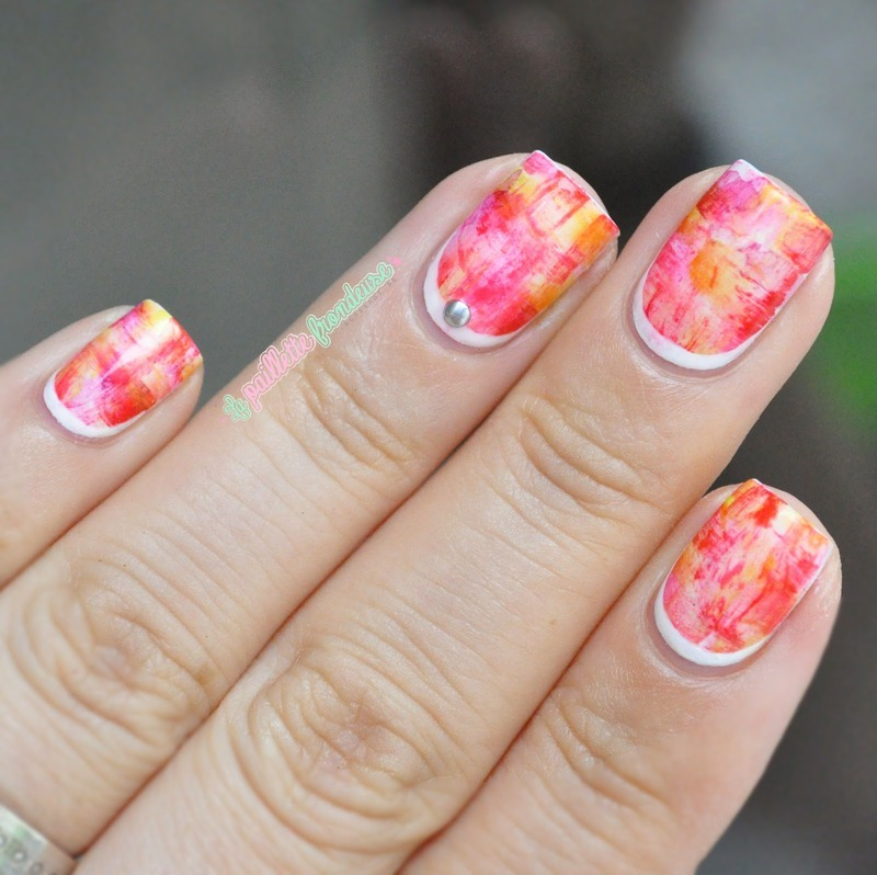 Streky watercolor over-vitamined nail art by nathalie lapaillettefrondeuse