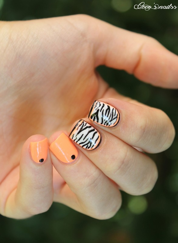 Neon zebra ! nail art by Cocosnailss