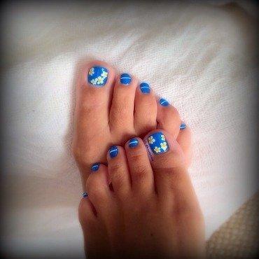 Flower toes nail art by Tara Huff