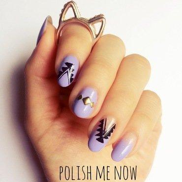 Simple Tribla nail art by Jessica Chung