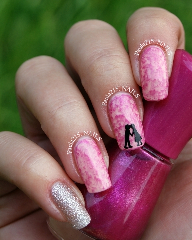 Love is in the air. nail art by Paula215. NAILS