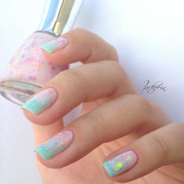Polly Pocket nail art by lackfein