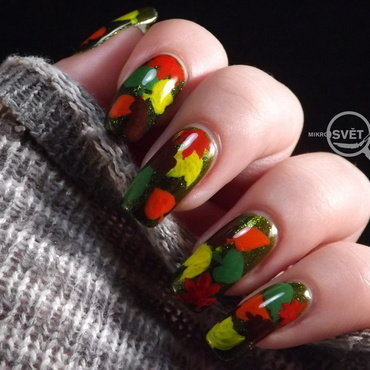 Autumn inspiration nail art by Mikrosvět by Ellen