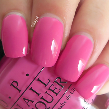 OPI Suzi Has A Swede Tooth Swatch by Ritsy NL