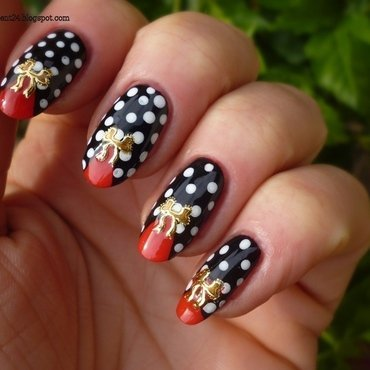 Pin-up nails nail art by T. Andi