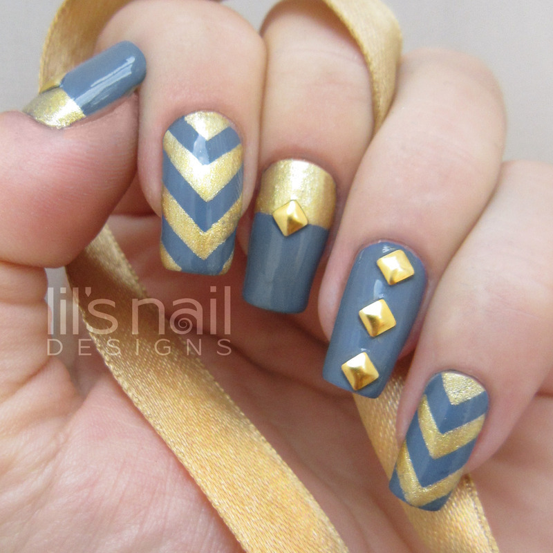 Golden Auro Metalsaurus  nail art by Lily-Jane Verezen