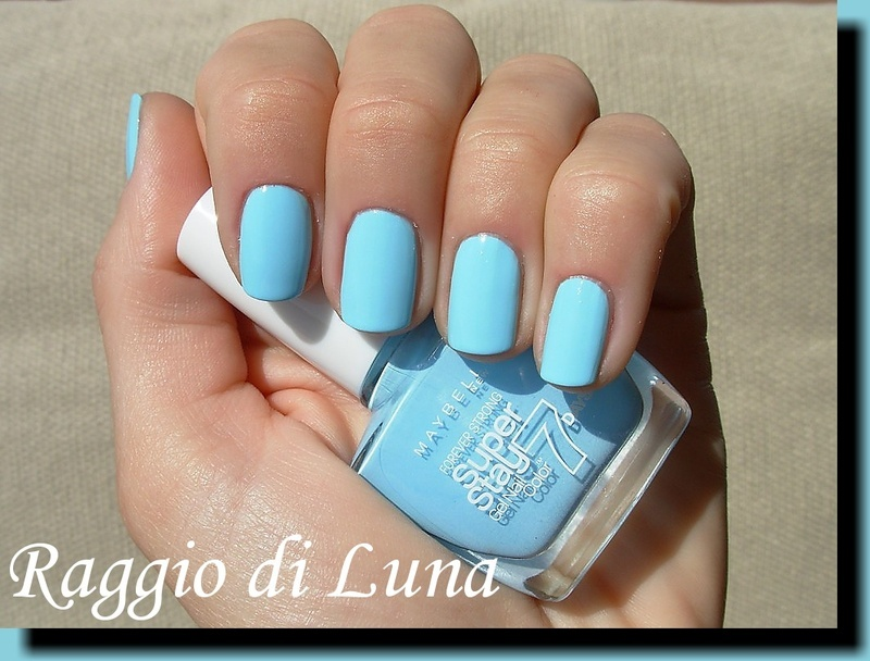 Maybelline n° 20 Uptown Girl Swatch by Tanja