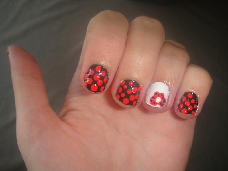 Dot  nail art by LoreV