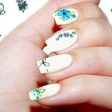 Blue flowers on Vanilla nail art by Paulina Domoradzka